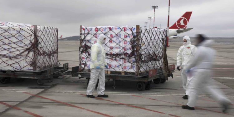 THY yolcu uçaklarıyla 5 bin ton kargo taşıdı