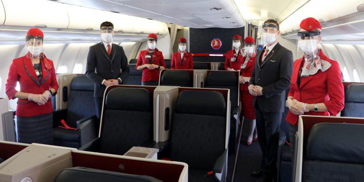Kurallarla ilk uçuş